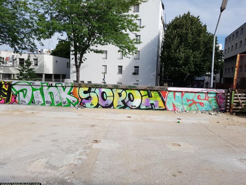 Photo de DINK, SOPOH, NESI, réalisée au Maquis-art Wall of fame - L'aérosol, Paris