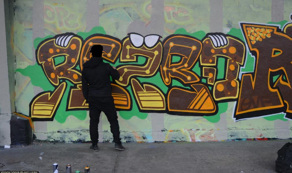 Photo de REZBO, réalisée au Maquis-art Wall of fame - L'aérosol, Paris
