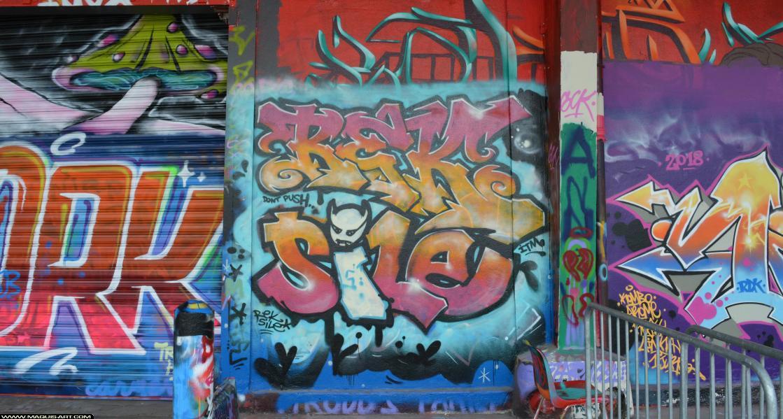 Photo de REK, SILE, ITM, réalisée au Maquis-art Wall of fame - L'aérosol, Paris